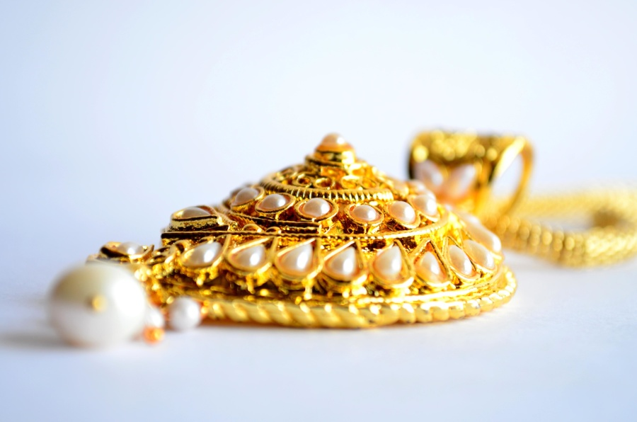 gold, necklace, pendant, gem