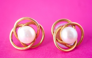 pearl, jewelry, gold, metal, earrings