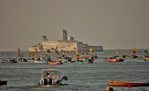 Gefängnis, Meer, Stadt, Schiff, Wasser, Reise, Boot, Menschen, Menschenmenge