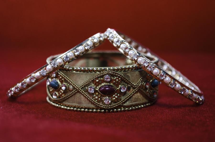 briliant, gold, bracelet, diamond, jewelry, luxury, art, expensive