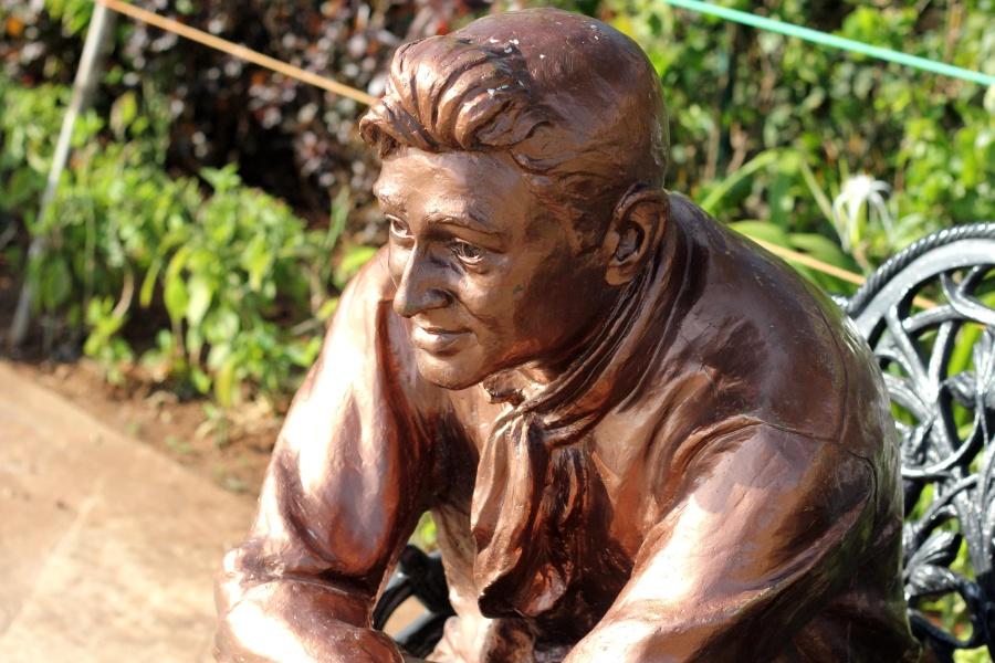 bronze, sculpture, art, statue, face, portrait, person