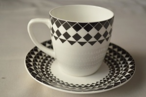 porcelain, cup, saucer, container, tableware, mug, crockery, ceramics