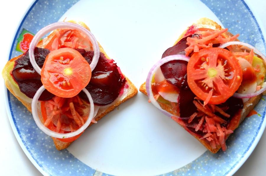 appetizer, sandwich, food, meal, dinner, restaurant, tomato