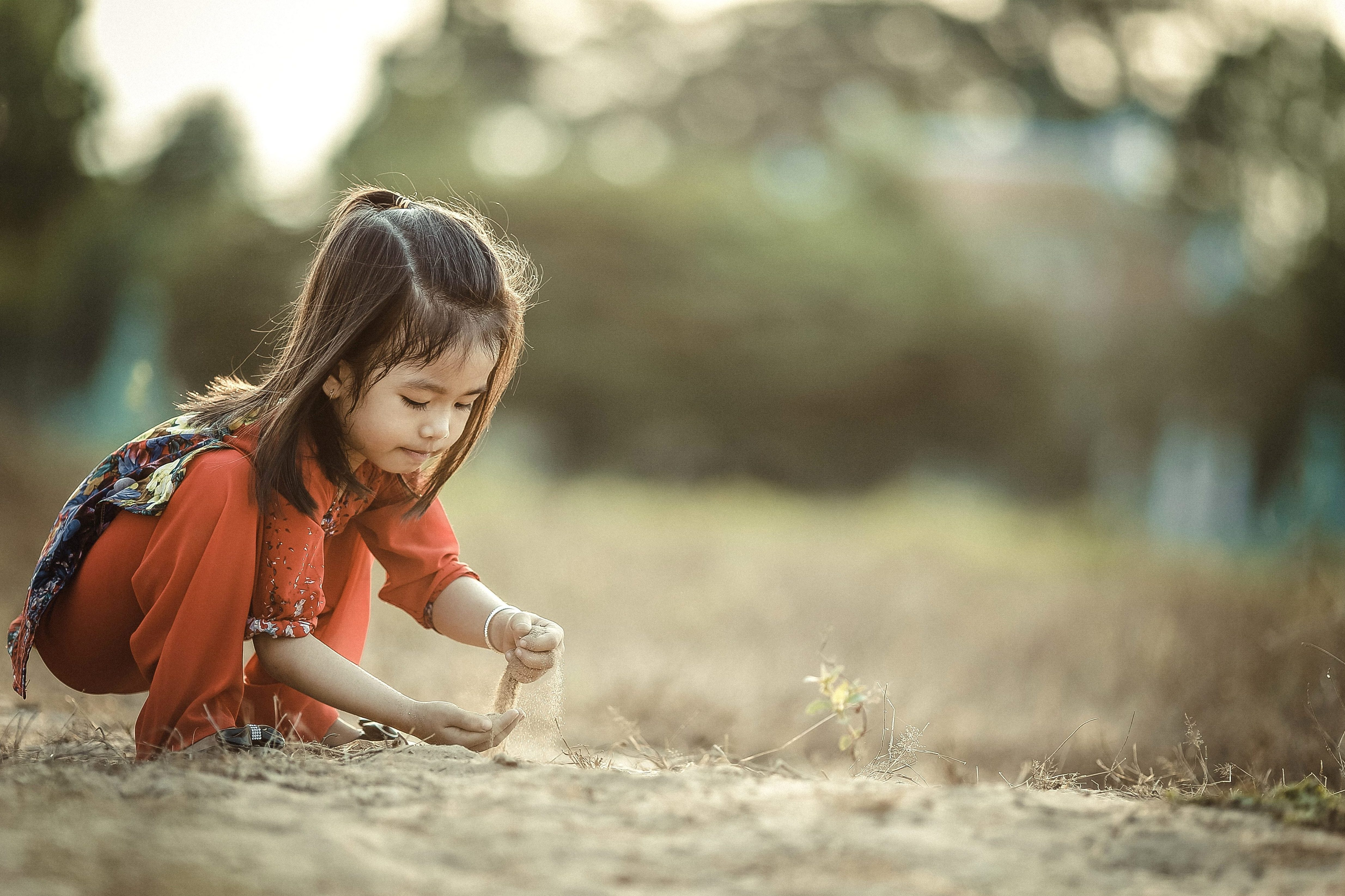 Free picture: girl, child, pretty girl, sand, childhood