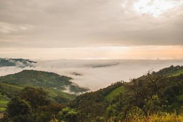 Nube, montaña, niebla, paisaje, cielo, costa, colina