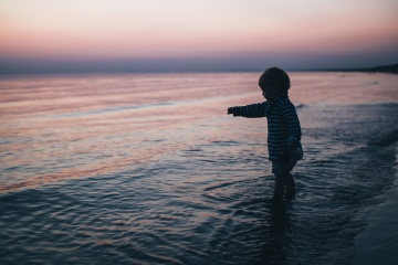 silhouette, child, boy, beach, sea, dusk, water, coast, landscape