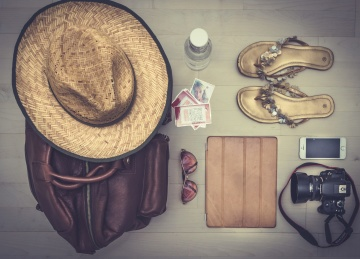 summer, hat, sombrero, sandals, handbag, photo camera, sunglasses