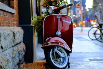 Rouge, rue, véhicule, moyen de transport, cyclomoteur, moto