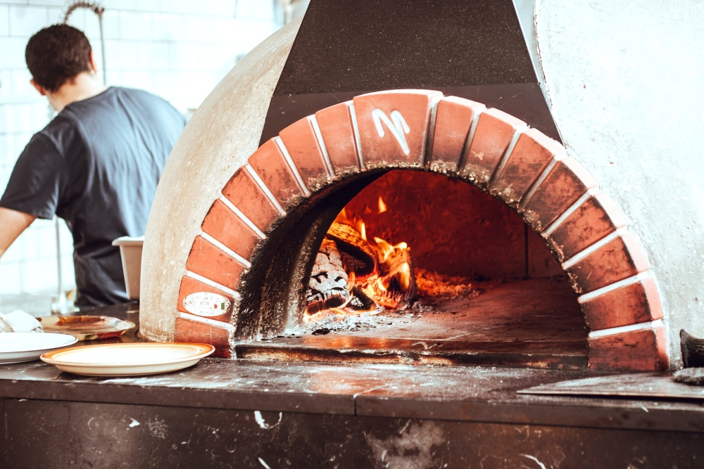 hot, fire, flame, pizza, oven, restaurant, man, worker