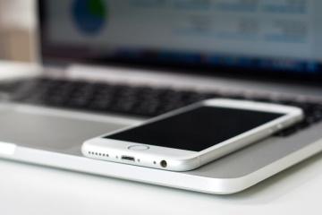 telefone móvel, computador portátil