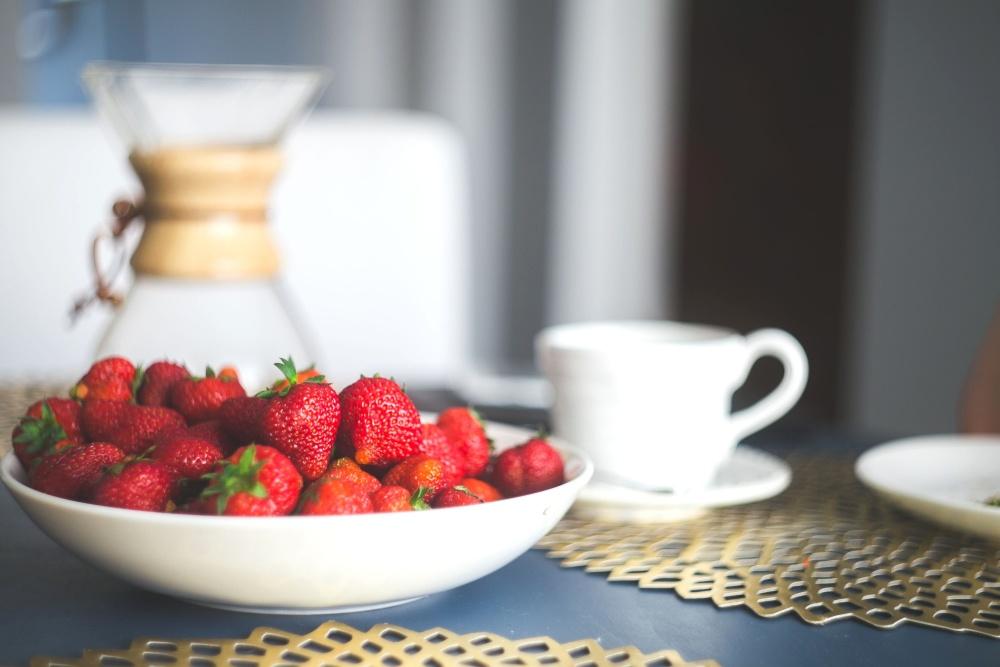 čerstvý, organické, jahodový, pohár, snídaně, nádobí
