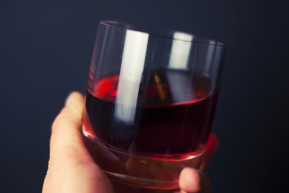 glass, fruit juice, red, hand, drink, beverage, liquid