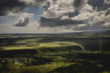 grønt græs, hill, cloud, landskab, vand, sky, natur