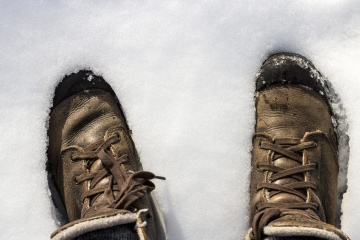 footwear, wear, foot, people, snow, leather, man, shoe