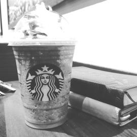 plastmugg, drink, dryck, kaffe, bok