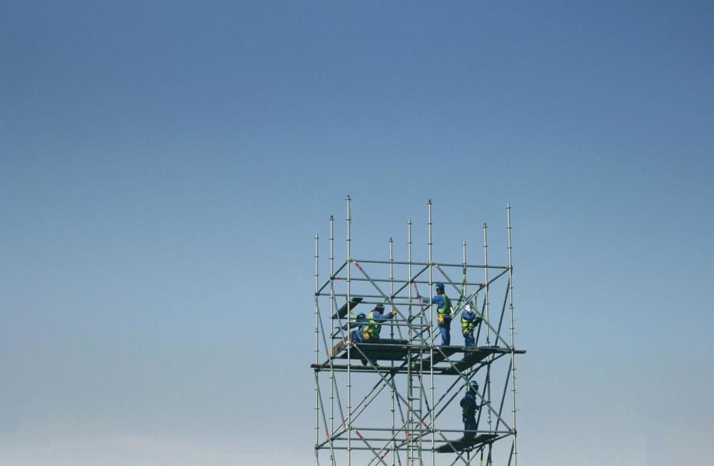 Građevinski radnik, plavo nebo, industrije, visoke, čeličnu