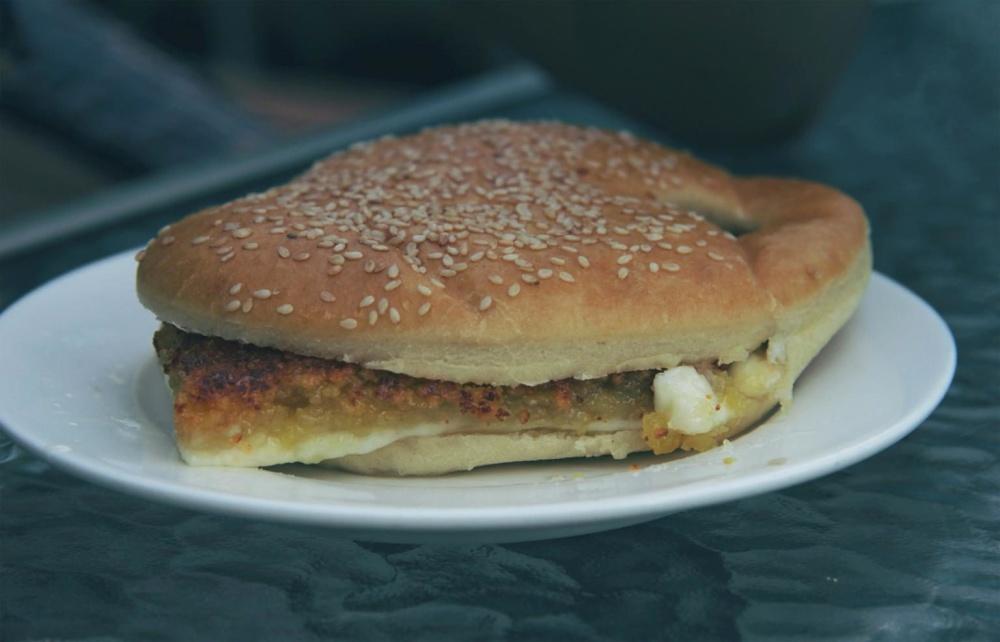 Cibo, hamburger, panino, sesamo, pane, piatto, pranzo, pasto