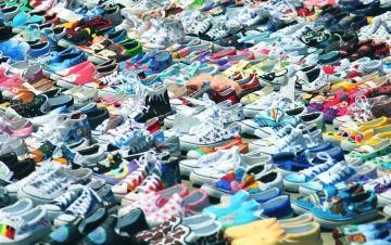 Sepatu, Sepatu, sepatu warna-warni, olahraga