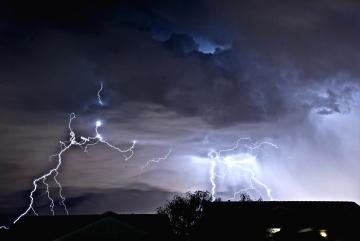 Tempesta, temporali, tuoni, pioggia, fulmine, cielo, notte, buio