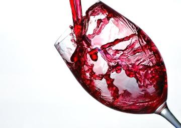 fruit juice, fruit cocktail, beverage, glass, drink, red