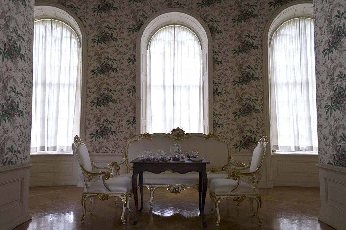 Kostenlose Bild: Innen, raum, fenster, wand, kunst, luxus, möbel ...
