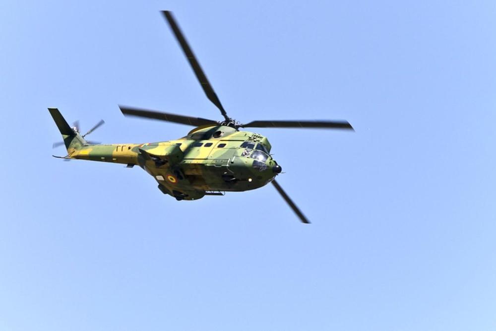 Imagine Gratuită Avioane Elicopter Militare De Zbor