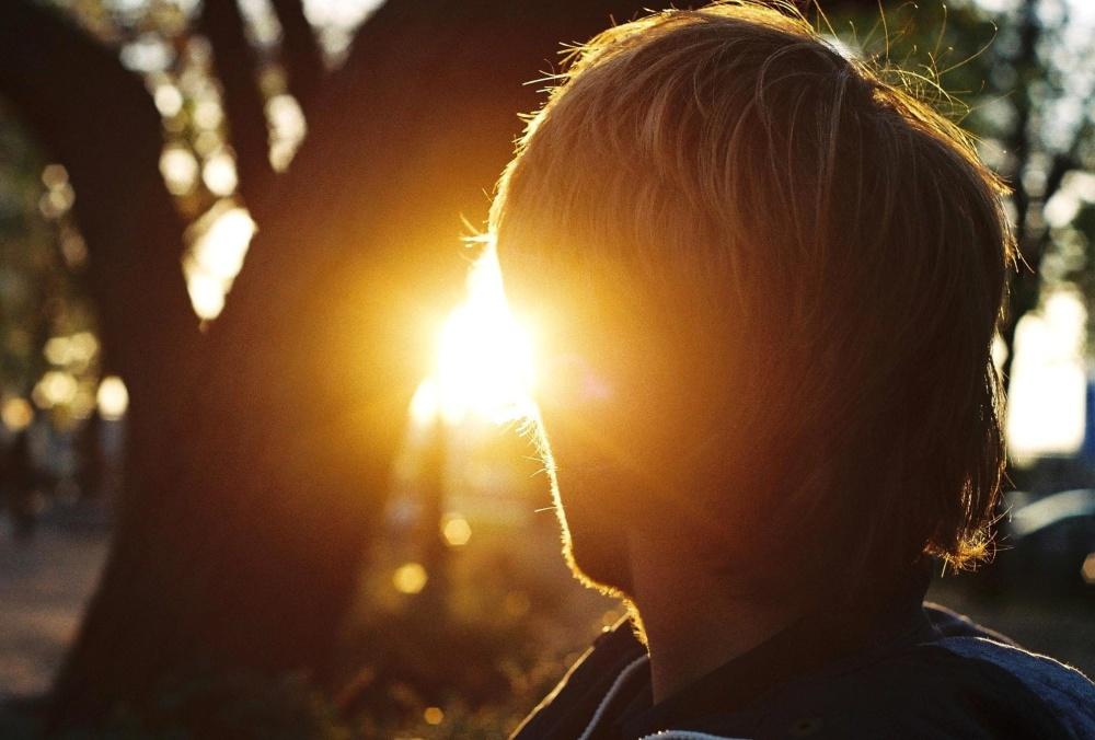 Sole, luce, uomo, silhouette, crepuscolo, ombra