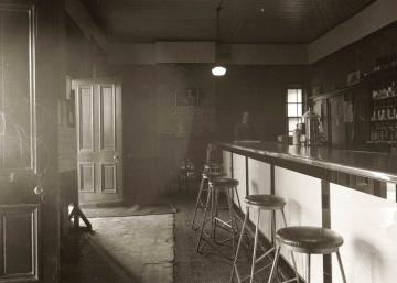 old, interior, restaurant, history, furniture, monochrome