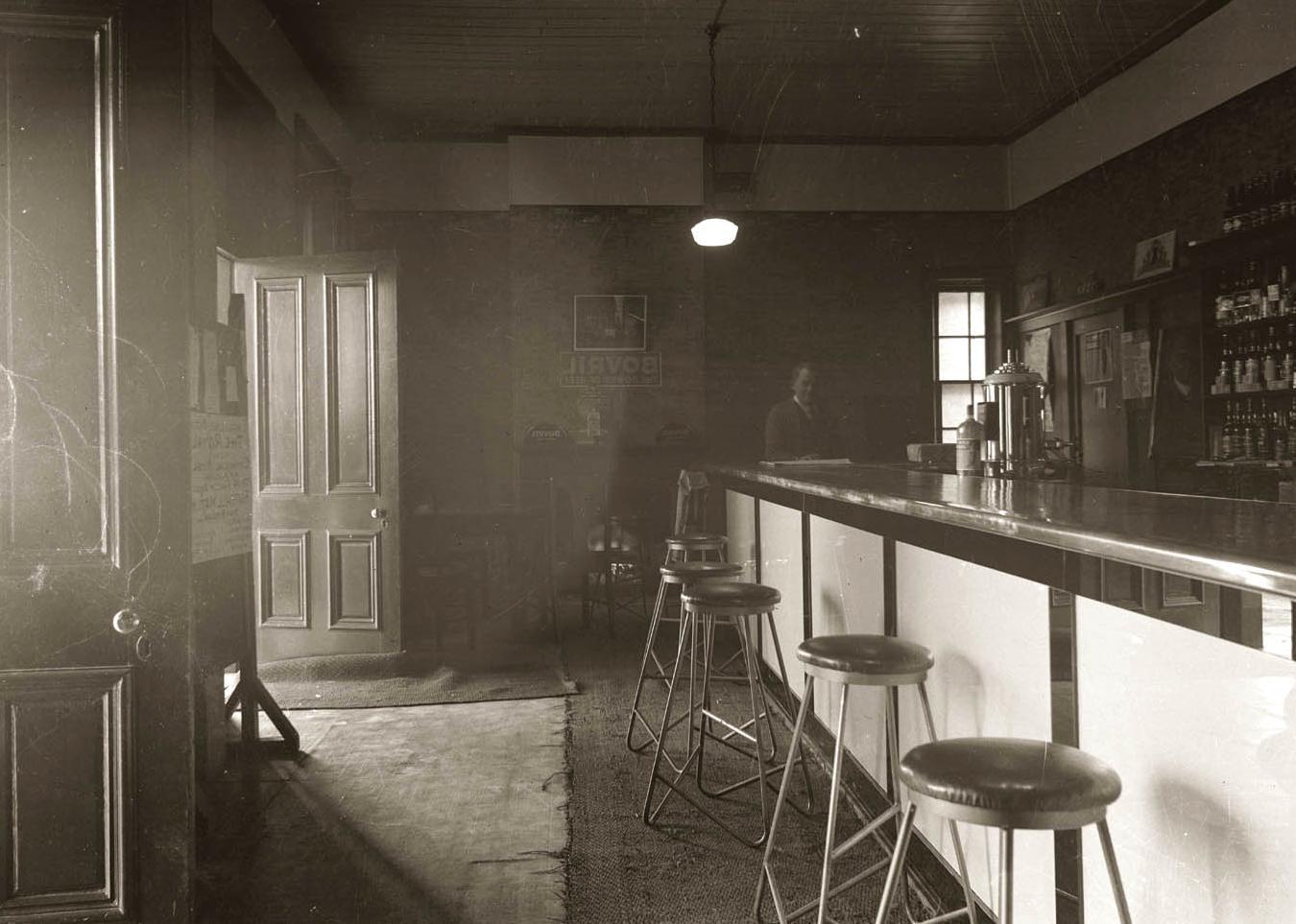 Image Libre Ancien Int Rieur Restaurant Histoire Meubles Monochrome