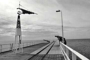 sky, water, harbour, ocean, pier, landscape, history, old, monochrome