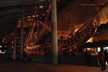 Buque de carga, barco, viejo, velero, museo, interior, oscuro, gente, sombra, madera