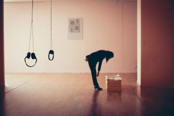 people, portrait, headphones, room, interior, empty, silhouette, shadow