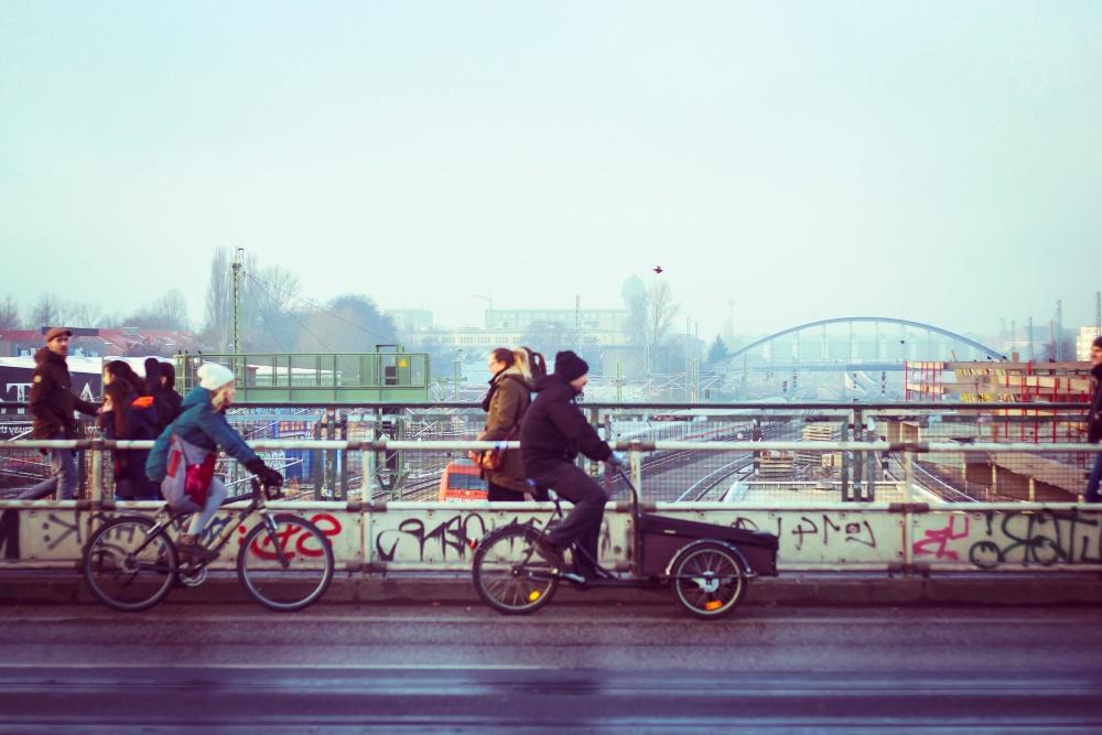 ποδηλάτων, πλήθος, όχημα, άνθρωποι, δρόμου, αστικής, γέφυρα, πόλη, ασφάλτου