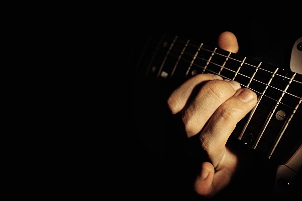 guitar, instrument, music, musician, sound, acoustic, hand, finger, dark