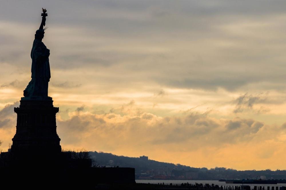 Sculpture, silhouette, coucher de soleil, architecture, ciel, atmosphère, nuage, statue