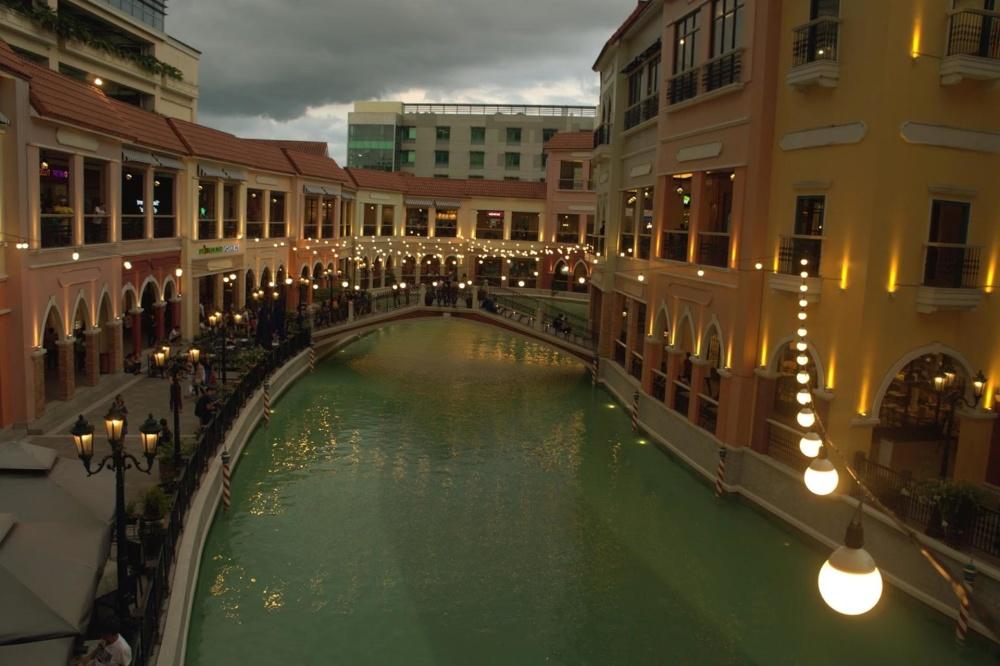 architecture, water, city, hotel, exterior, luxury, dusk, tourism