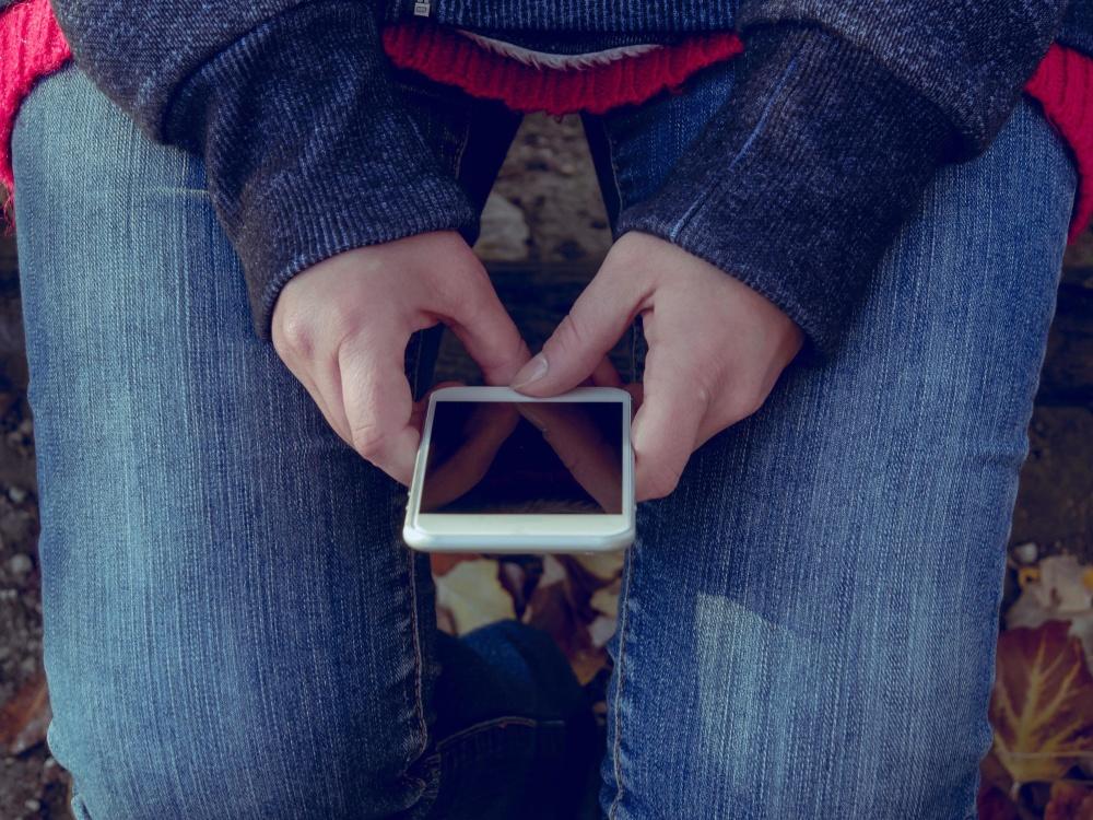 osoba, hlače, moda, ruku, mobilni telefon