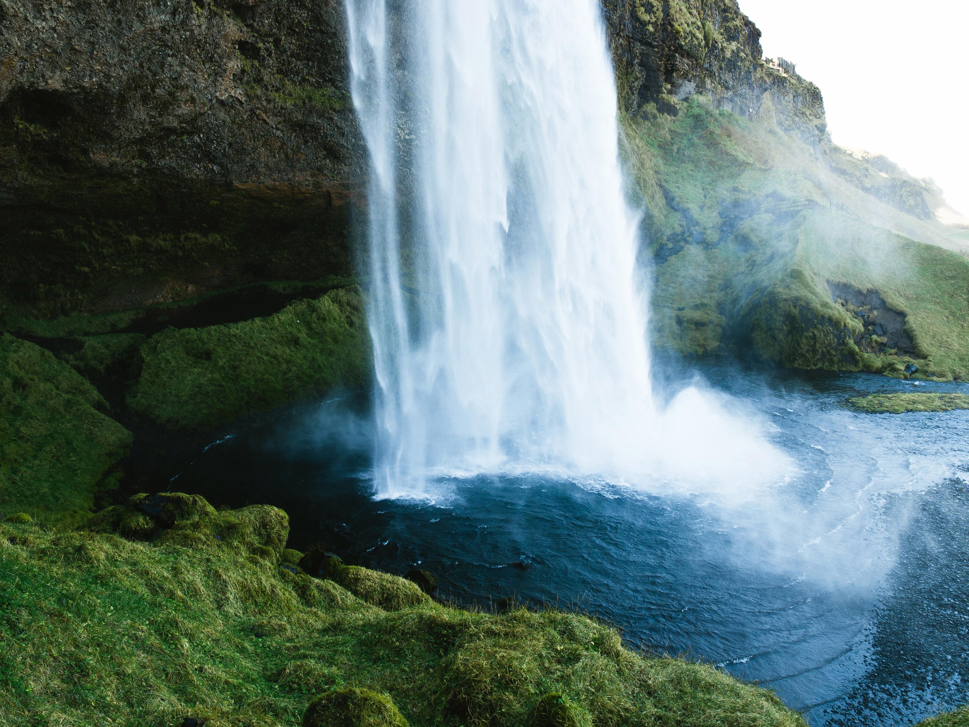 элегантные картинки про водопад кинопросмотра