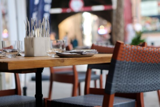 desk, chair, furniture, restaurant, interior, room, chair, room, cafeteria
