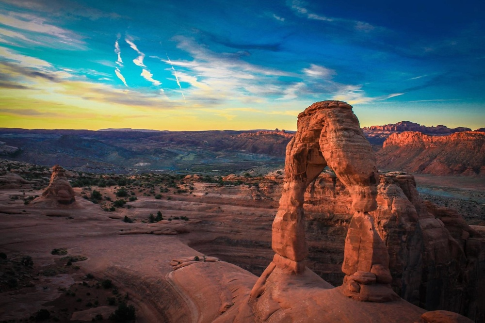 desert, landscape, canyon, sandstone, sunset, dawn, valley, rock formation