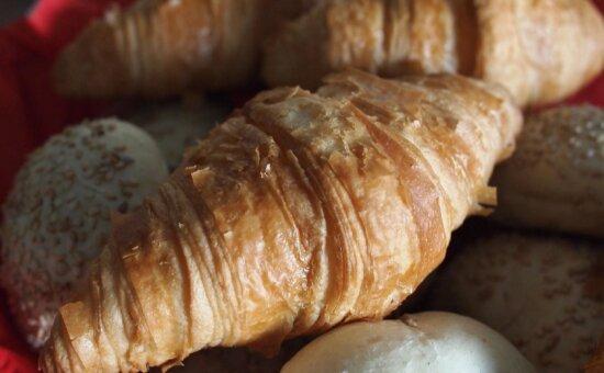 breakfast, food, breakfast, meal, diet, croissant, delicious