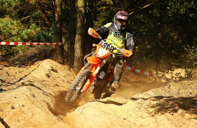 Akcija, ljudi, sport, motocross, utrke, brzina, blato, kaciga, krajolik