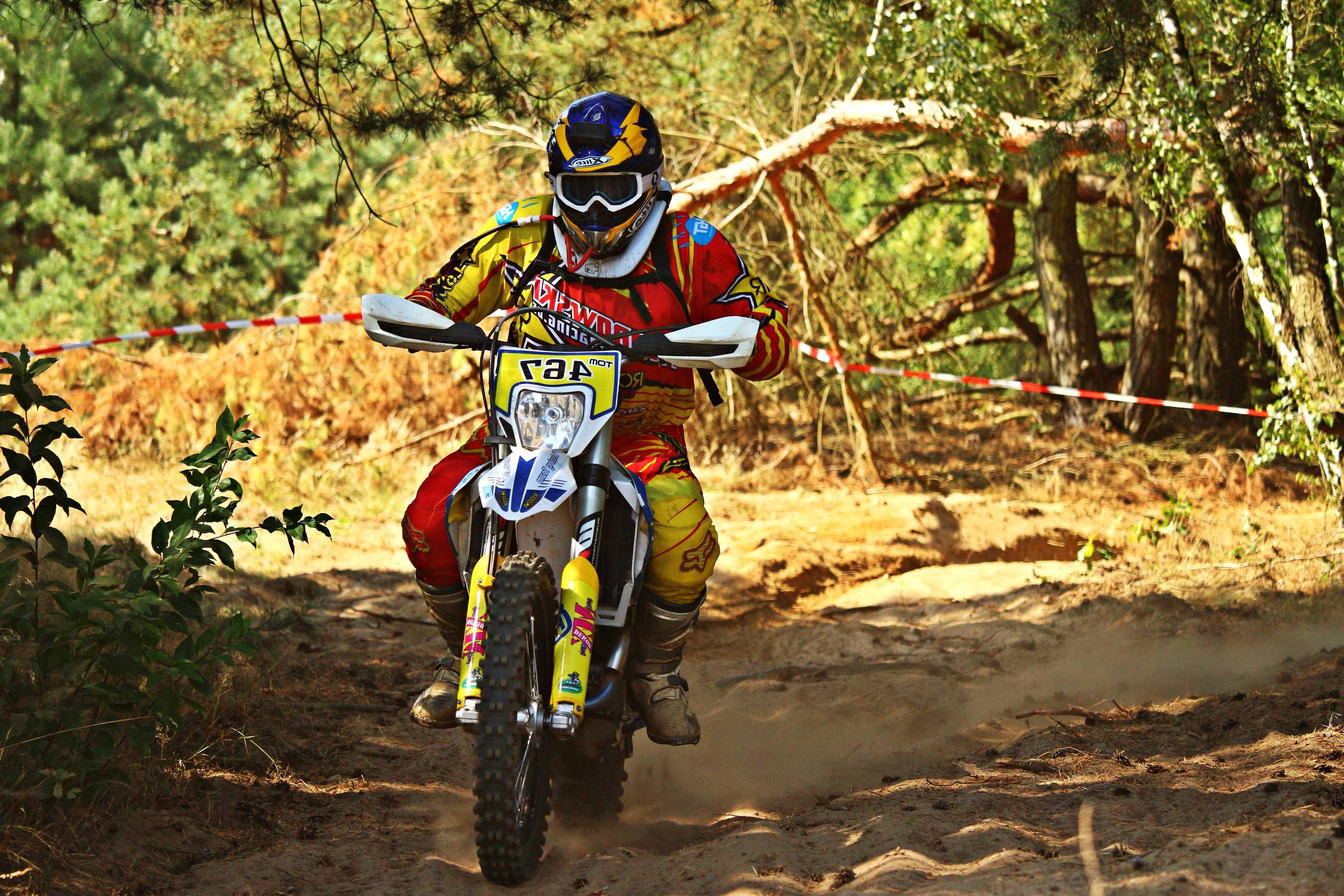 The Tire Man >> Free picture: mud, forest, wheel, race, motocross, sport, adventure, road, motorcycle, vehicle