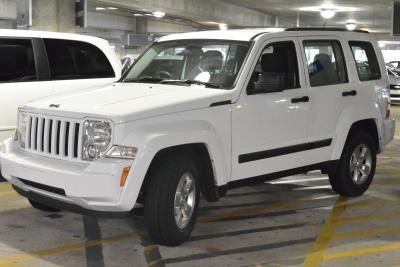 vehicle, car, minivan, automobile, transportation, garage, truck