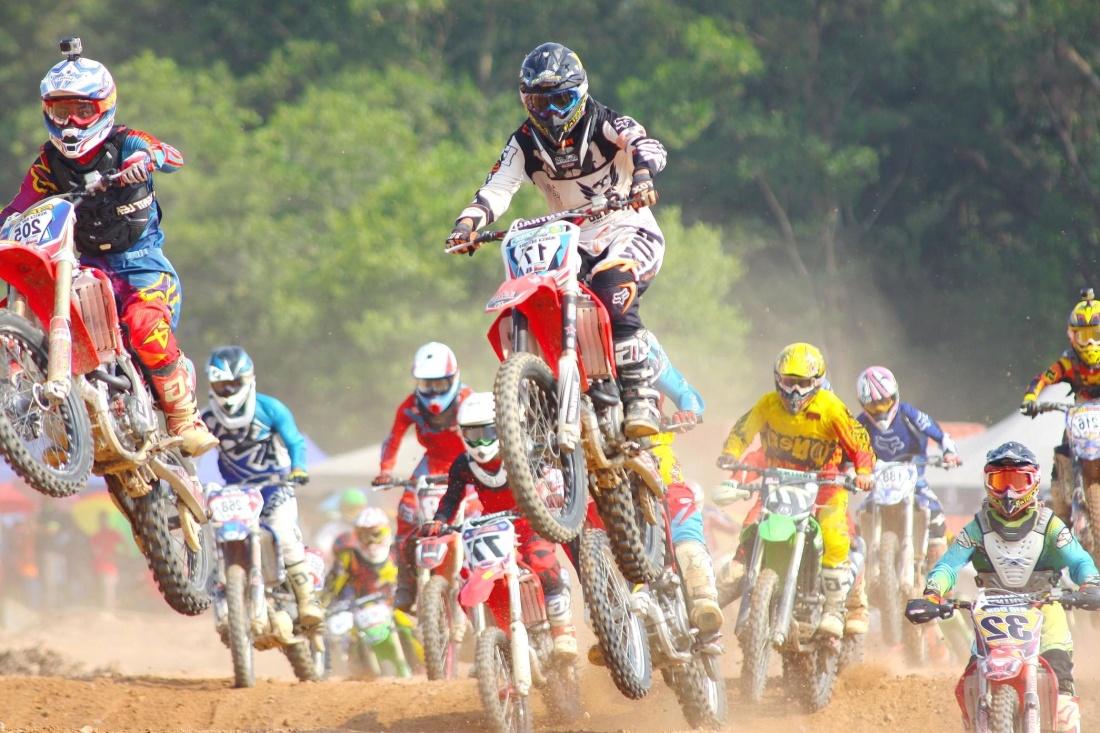 wyścig, pojazdu, koła, ludzie, konkurencji, akcji, szybki, gleby, kask, motocross