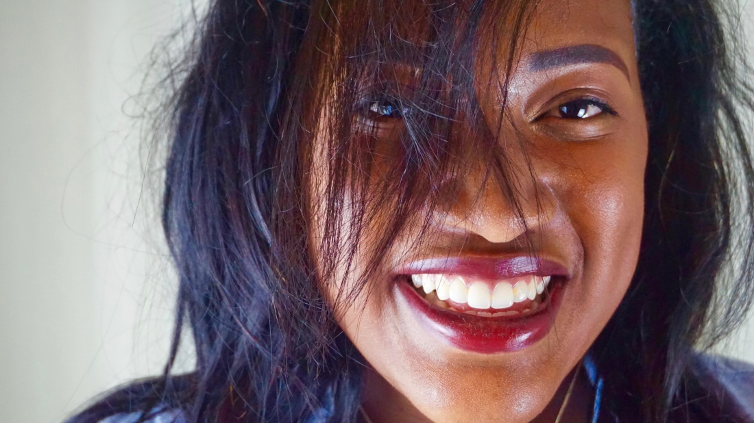 portrait, girl, woman, people, fashion, wig, hairpiece, portrait, smile