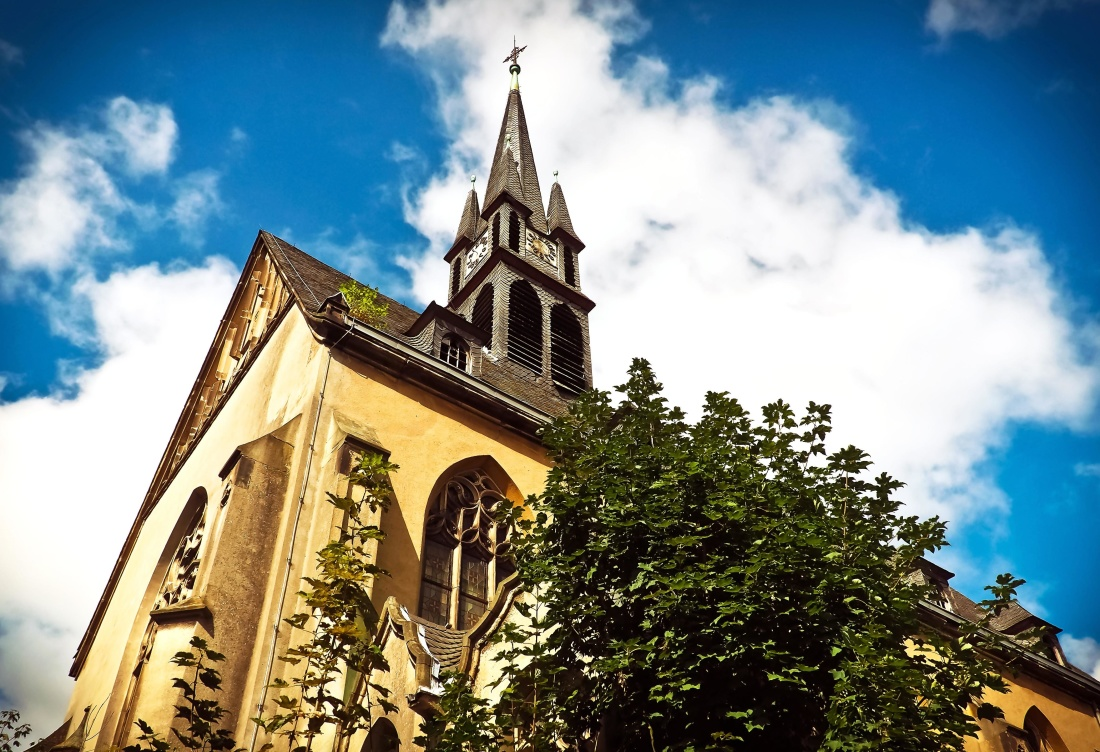 architecture, church, sky, religion, structure, cathedral, cross, exterior