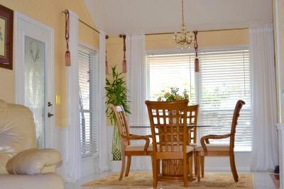 meubles, chambre, à l'intérieur, fenêtre, maison, maison, table, chaise, tapis, appartement