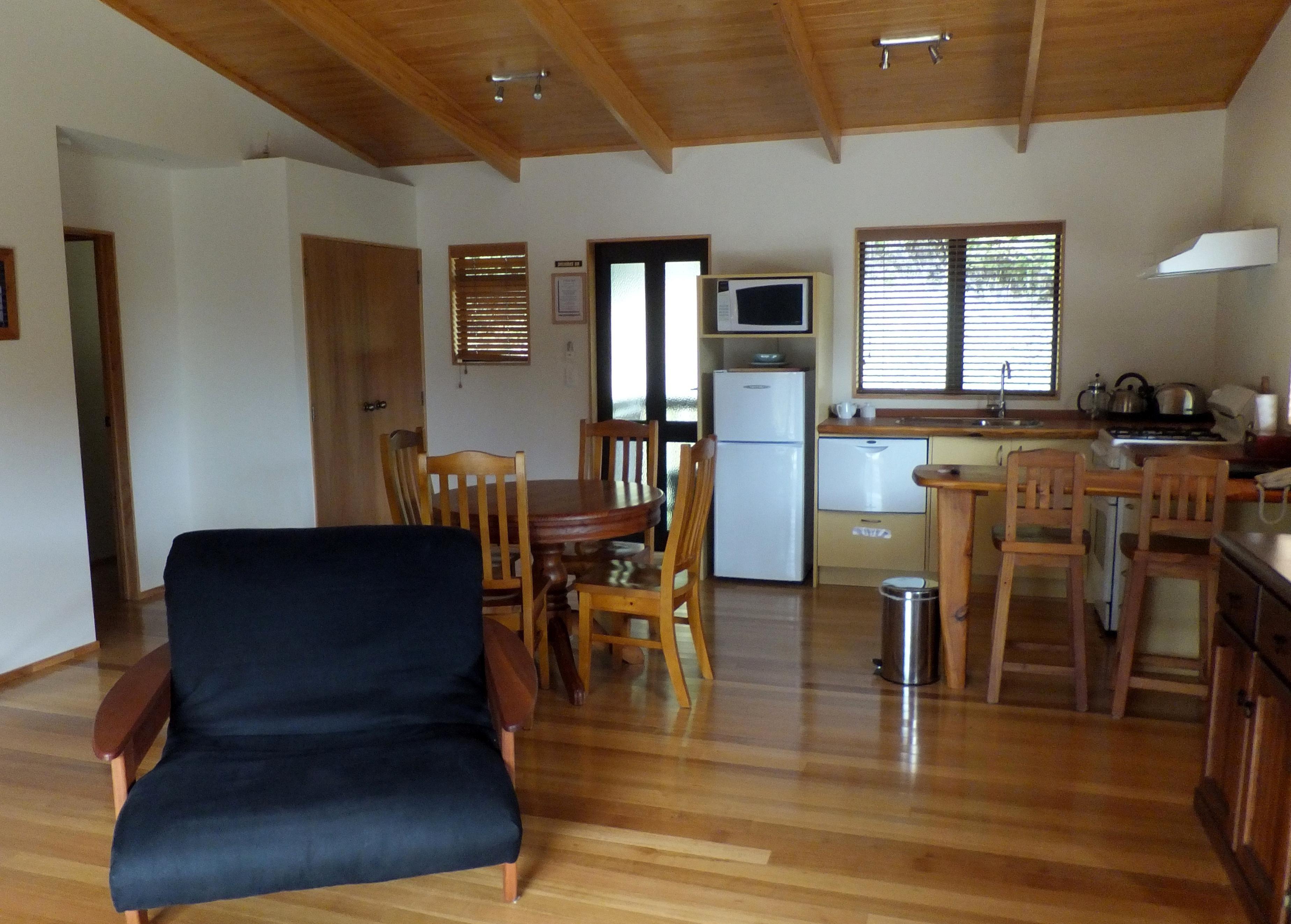 foto gratis arredamento camera casa interno tavolo