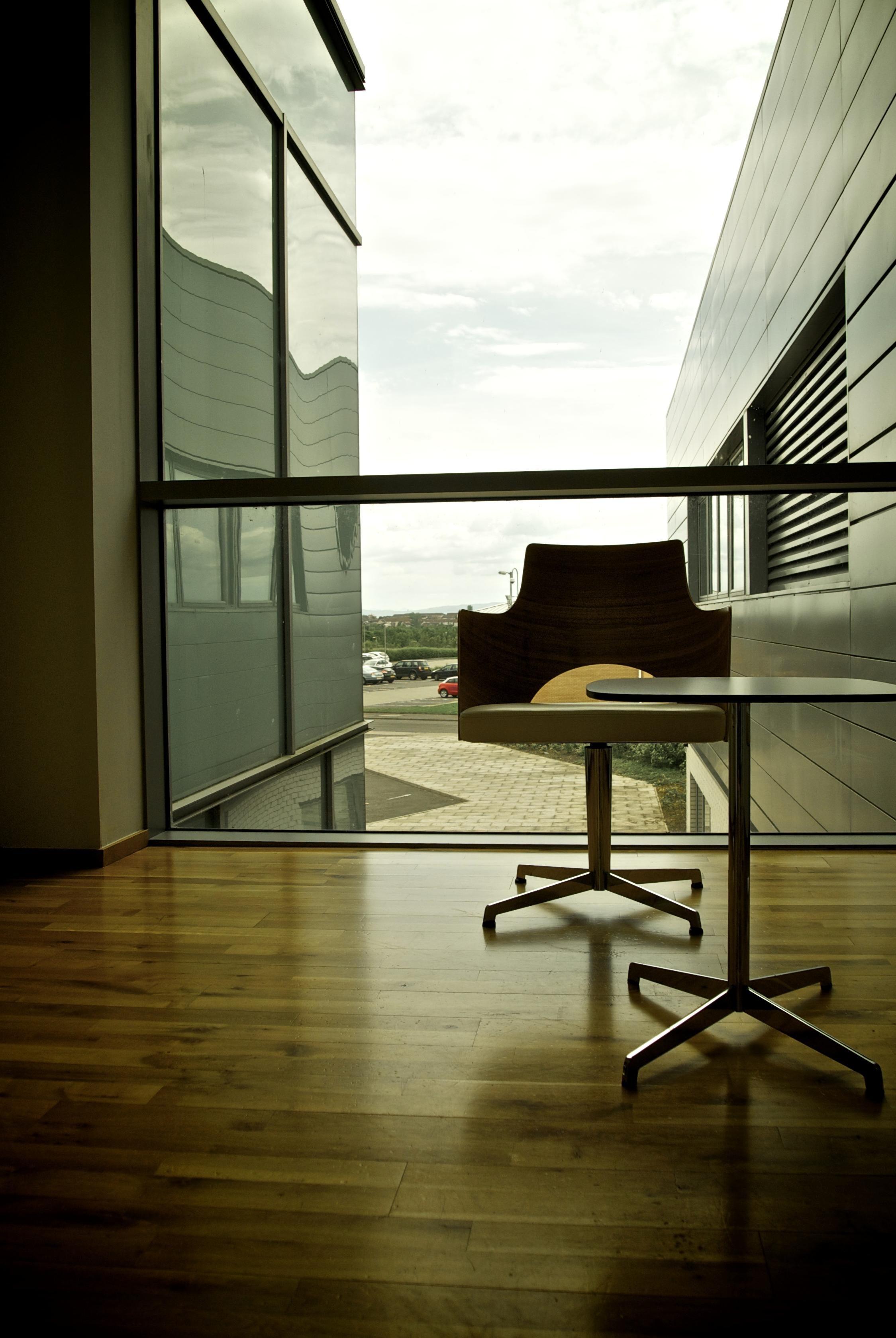 image libre l int rieur fen tre architecture bureau. Black Bedroom Furniture Sets. Home Design Ideas